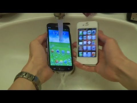 Samsung Galaxy S3 vs. Apple iPhone 4S – Water Test