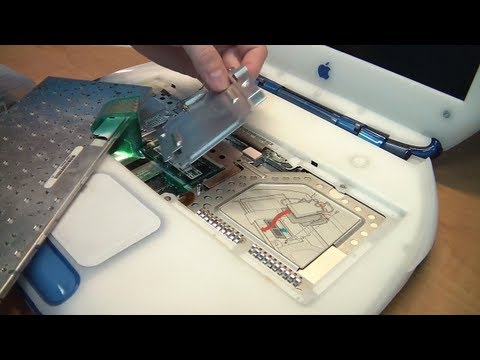 iBook G3 Clamshell Disassembly and Hard Drive Upgrade.