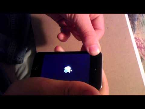 How to fix ipod/iphone stuck on apple logo WORKS