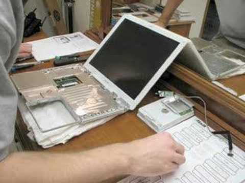 iBook G4 – Hard Drive Replacement