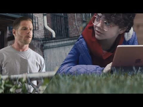 If Commercials were Real Life – Daytona 500/Apple iPad
